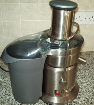 Professional Stainless Steel Whole Fruit Juicer